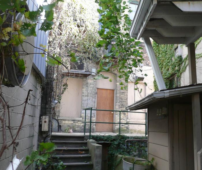 http://judsonrealestate.s3.amazonaws.com/production/photos/images/9497/original/4121-new_web.jpg?1470232474