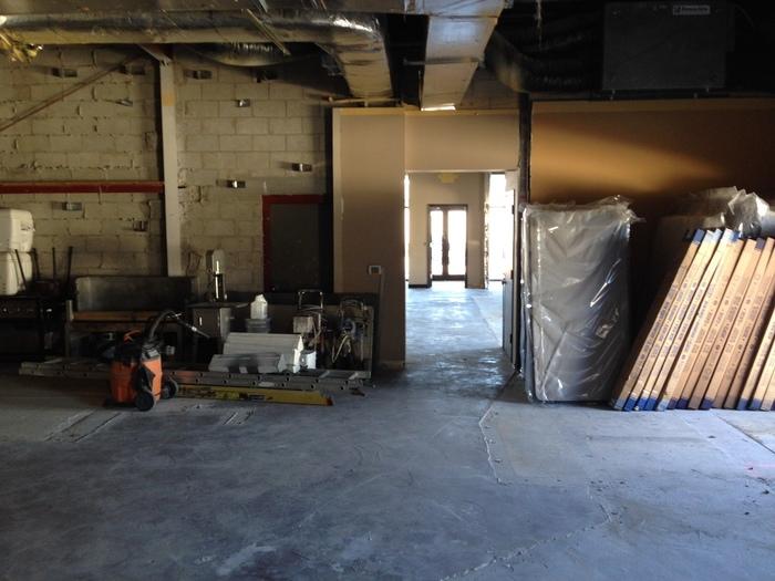 http://judsonrealestate.s3.amazonaws.com/production/photos/images/9864/original/Warehouse_1.jpeg?1487716960