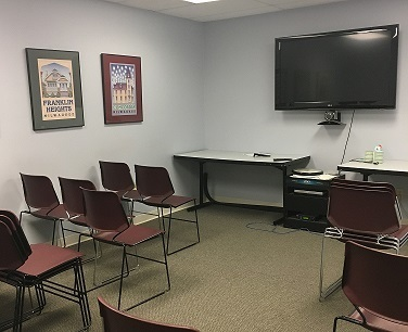 http://judsonrealestate.s3.amazonaws.com/production/photos/images/9948/original/Conference_or_Classroom.JPG?1490197088
