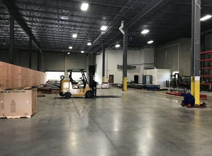 https://judsonrealestate.s3.amazonaws.com/production/photos/images/10340/original/warehouse.jpg?1526418559